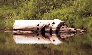 Fragmentos de un cohete en el lago Vasilevskoi.